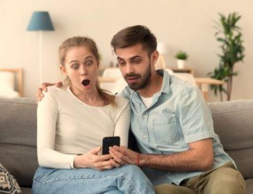 Warning – Debt Collectors 'Friending' You on Facebook Make Public Demand for Payment